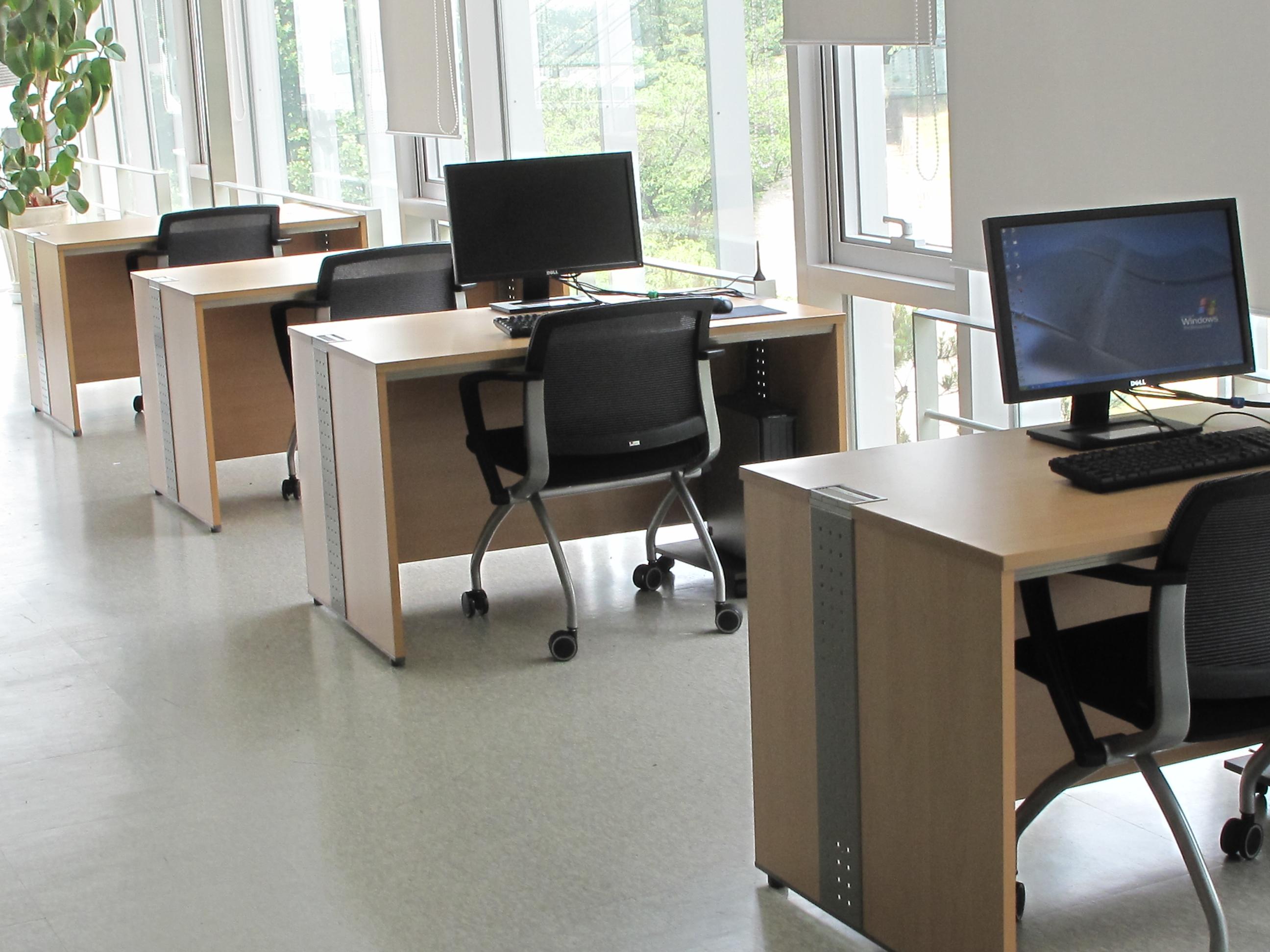 해동일본기술정보센터 4층